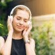 Jaki wpływ na zdrowie ma słuchanie muzyki?